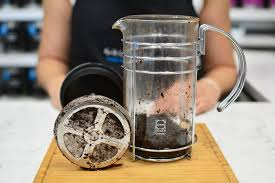Clean the French Press coffee maker